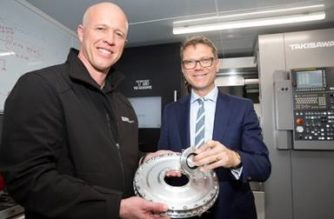 Steve Parker, General Manager, Dodson Motorsport (L), with Hon Paul Goldsmith, Minister for Science and Innovation. Image supplied